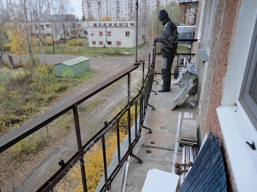 Слайдорс балкон. проверка горизонтальности ограждения. остек.